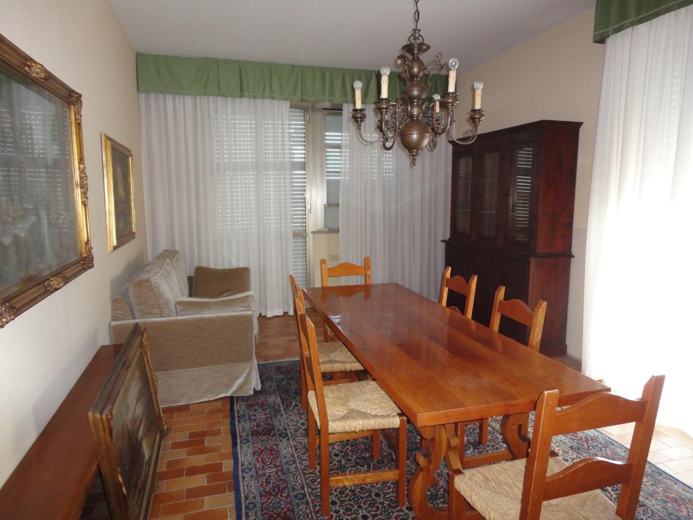 Appartamento in affitto a Ponsacco, 5 locali, prezzo € 700   CambioCasa.it