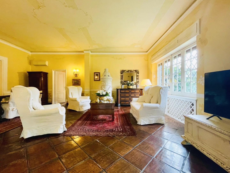 Villa singola in case vacanze a Forte dei Marmi (LU)