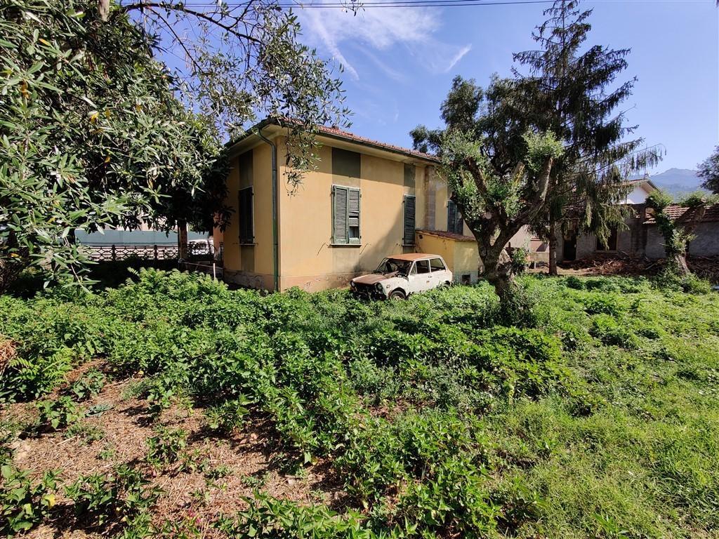 Casa singola in vendita, rif. 326