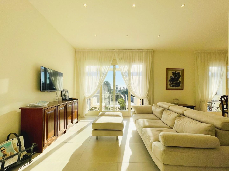 Attic for holiday rentals in Forte dei Marmi (LU)