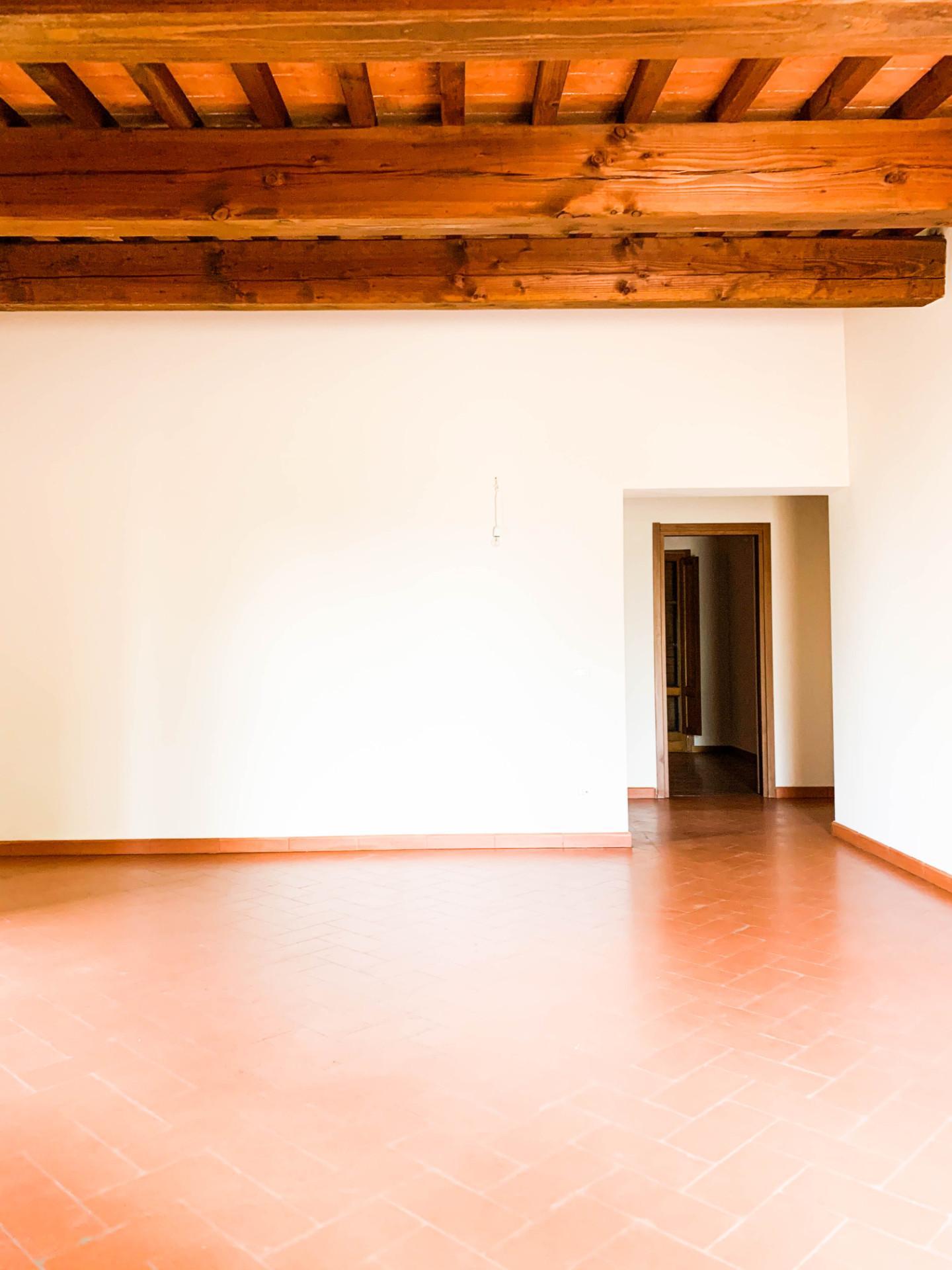 Appartamento in affitto, rif. A05af