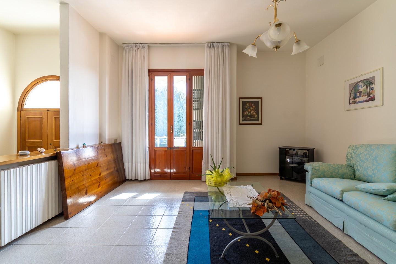 Appartamento in vendita, rif. 8649