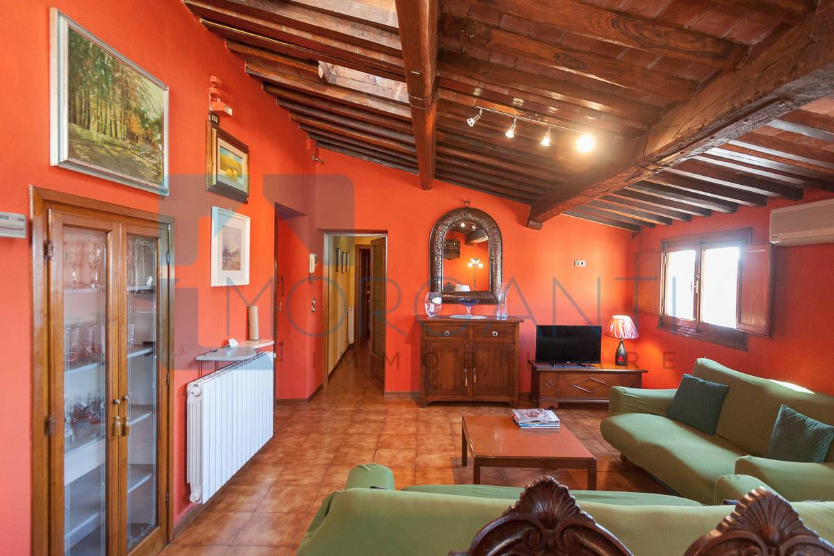Apartment for sale in Pietrasanta (LU)