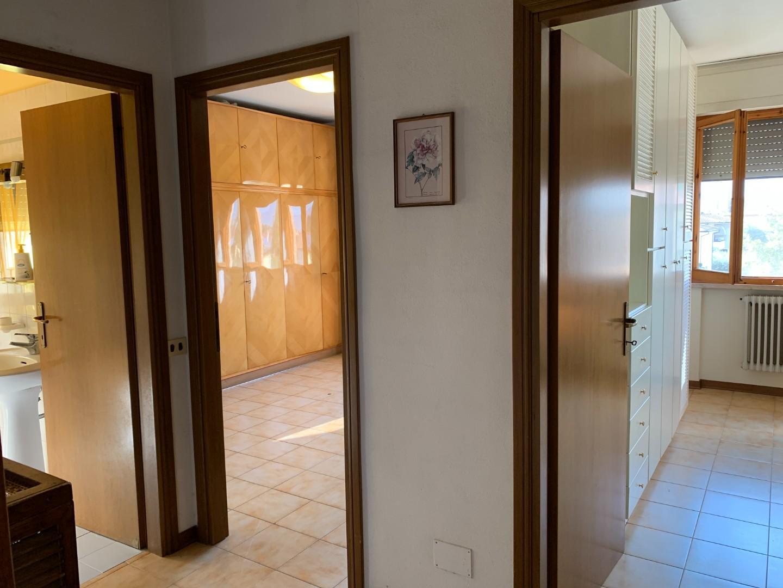 Appartamento in vendita, rif. 2111