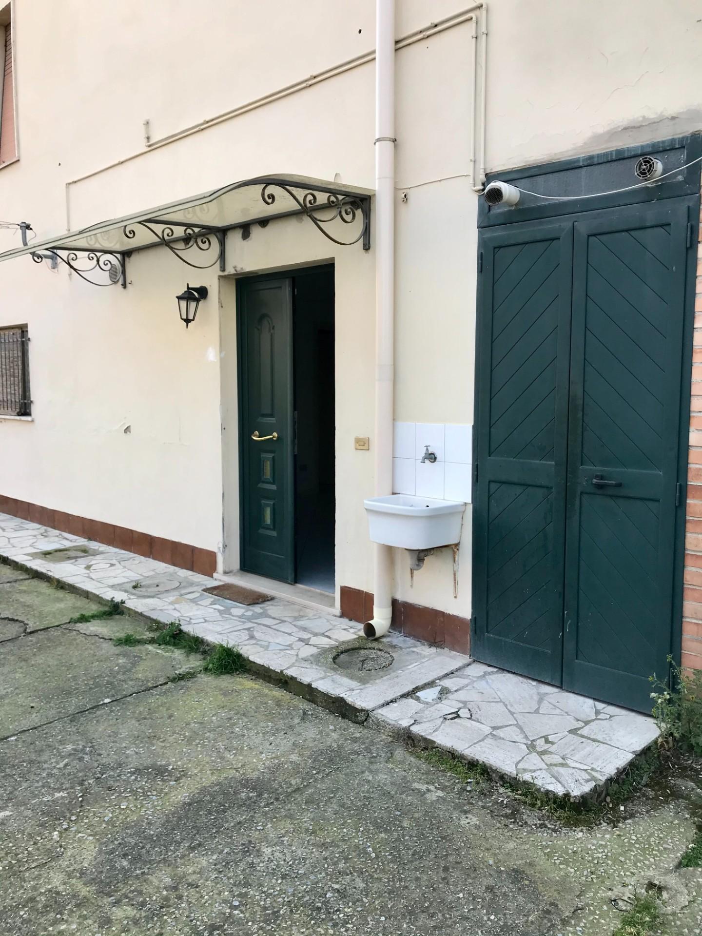 Appartamento in affitto, rif. MF163