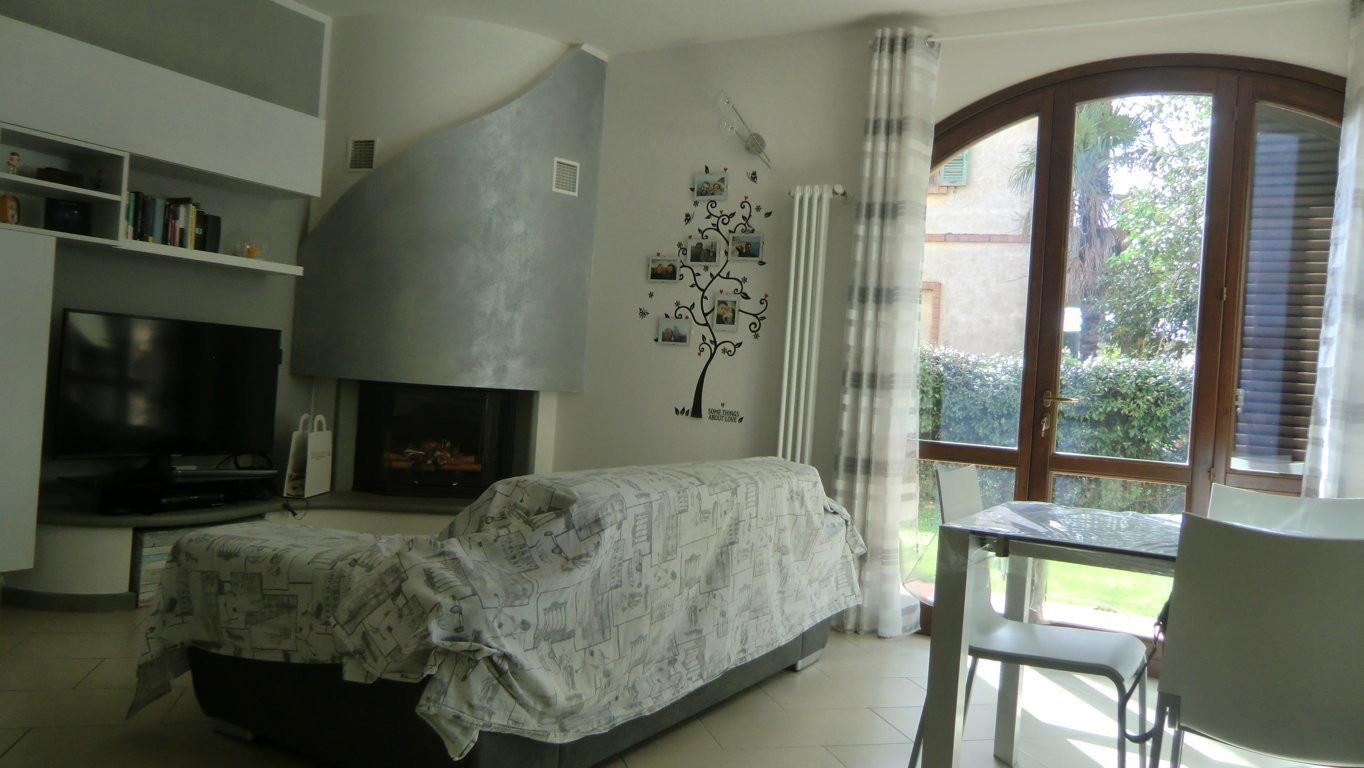 Four-family cottage for sale in Ponsacco (PI)