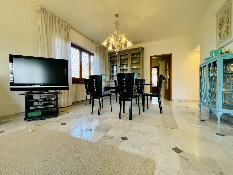 Villa singola in affitto - Roma Imperiale, Forte dei Marmi