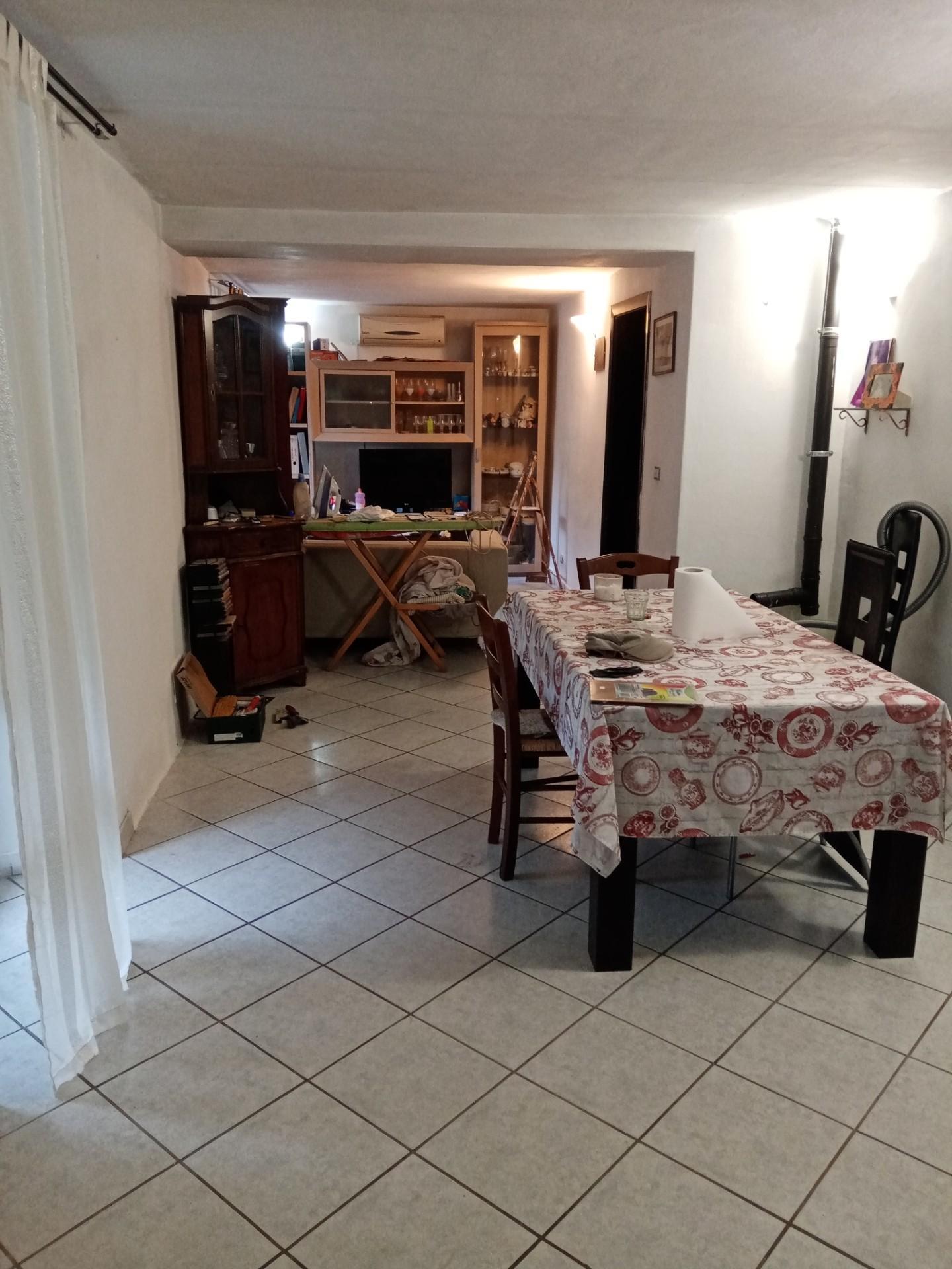 Casa semindipendente in vendita a Podenzana (MS)