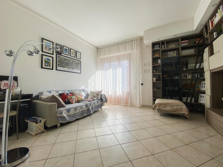 Appartamento in vendita, rif. B/195