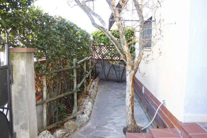 Villetta bifamiliare in vendita, rif. V1328