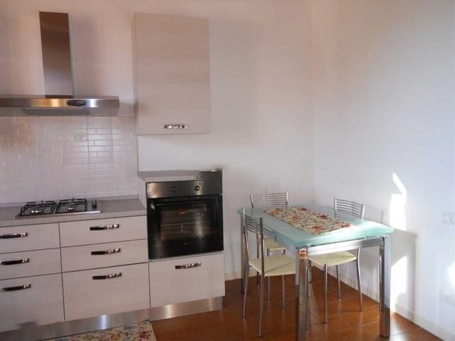 Appartamento in affitto a Monteroni d'Arbia, 4 locali, prezzo € 600 | CambioCasa.it