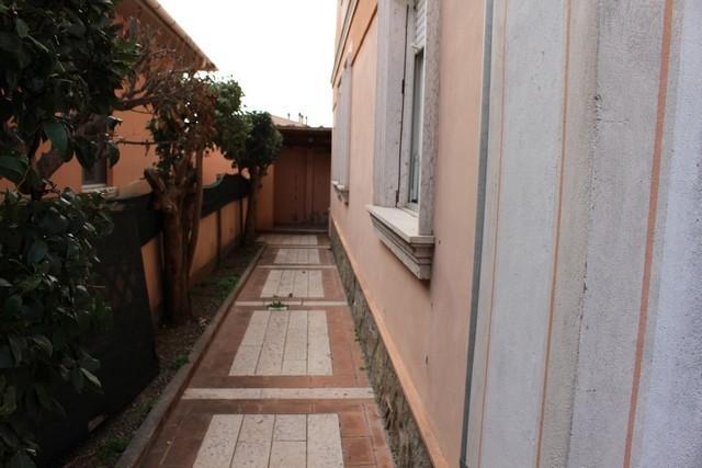 Foto 40/42 per rif. ale -villa liberty