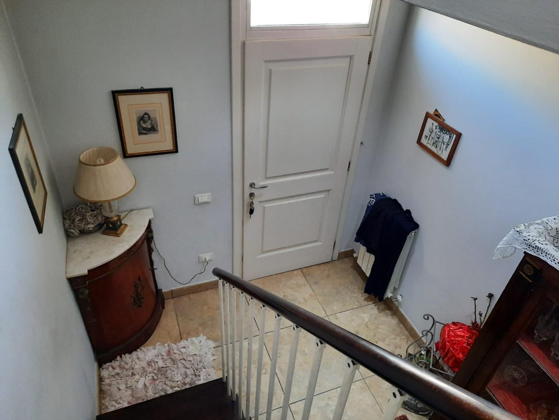 Appartamento in vendita, rif. Cr12