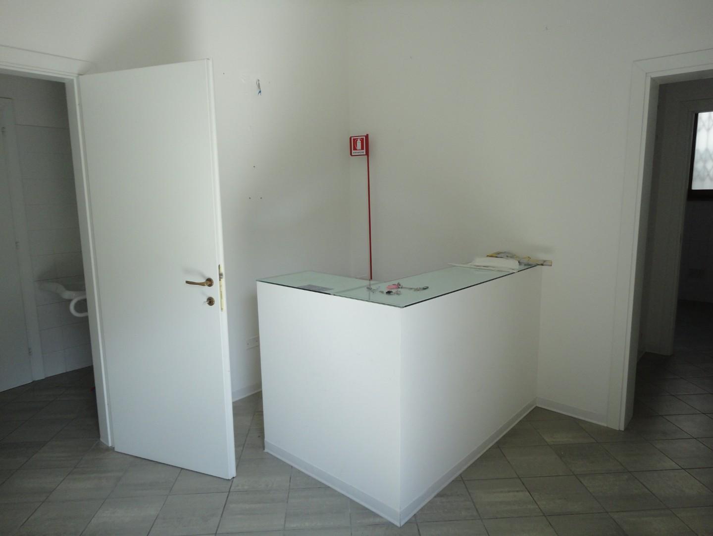 Ufficio in affitto commerciale a Capannoli (PI)