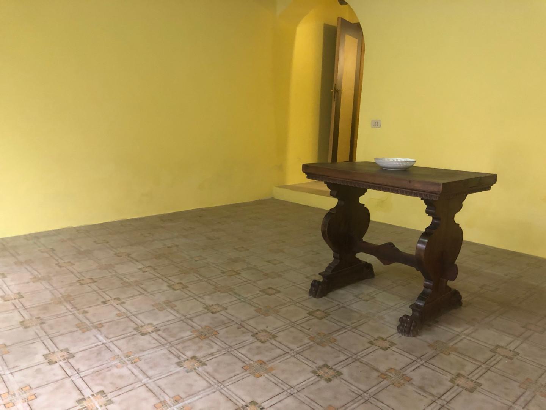 Ufficio / Studio in vendita a Pescia, 2 locali, prezzo € 36.000 | CambioCasa.it