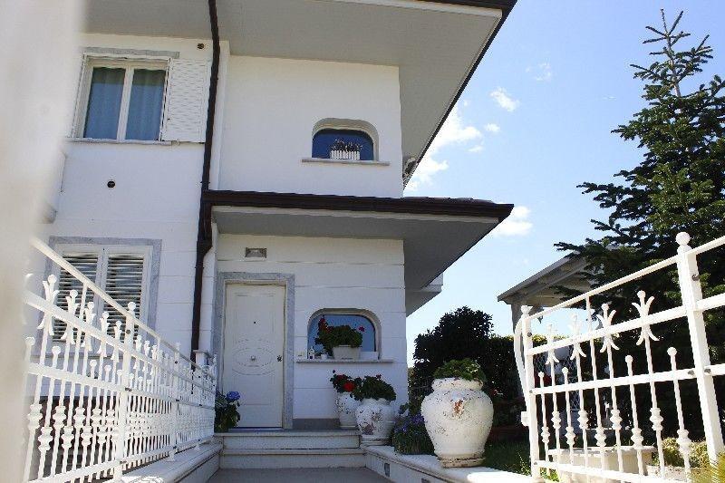 Casa semindipendente in vendita a Rosignano Solvay, Rosignano Marittimo (LI)