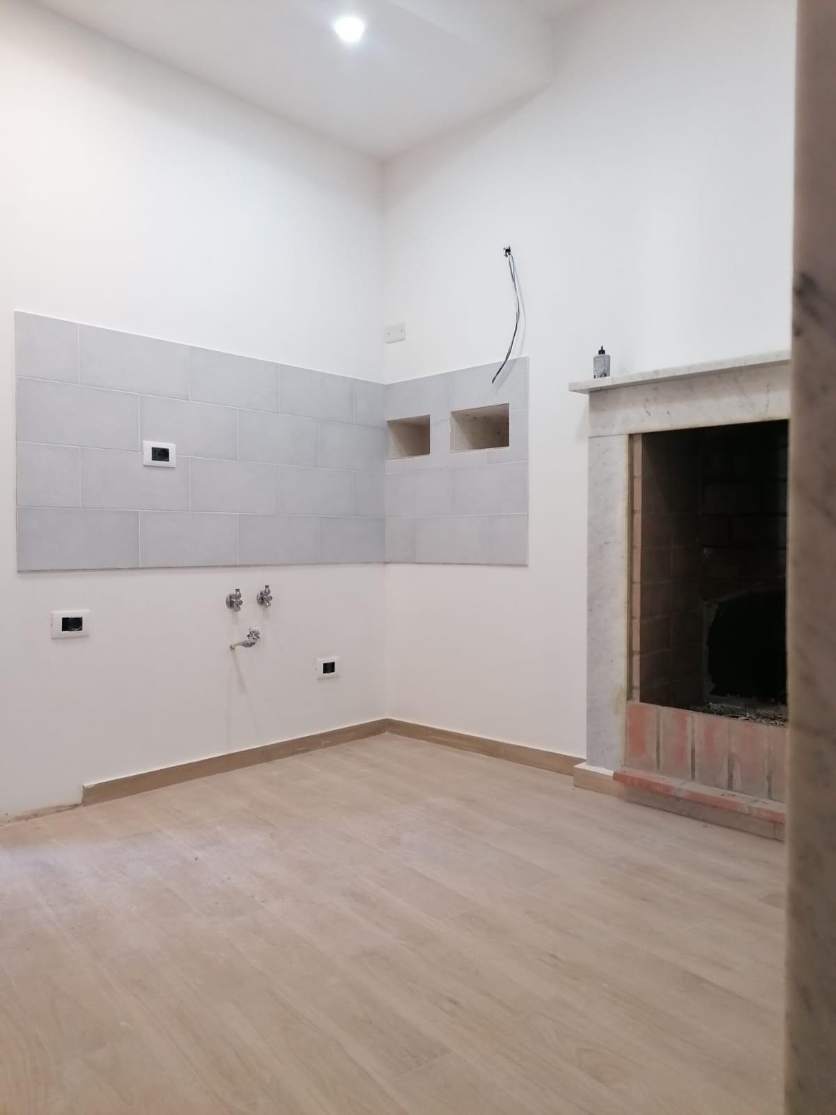 Appartamento in vendita - Bedizzano, Carrara