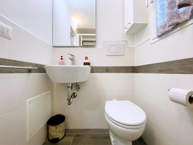 Appartamento in vendita - Passeggiata, Viareggio