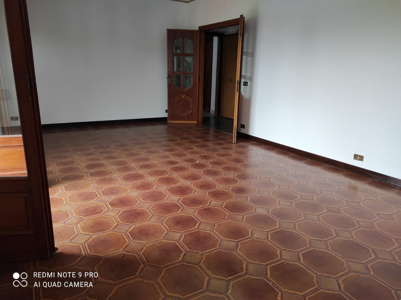 Appartamento in affitto a Ortonovo, 5 locali, prezzo € 620   CambioCasa.it