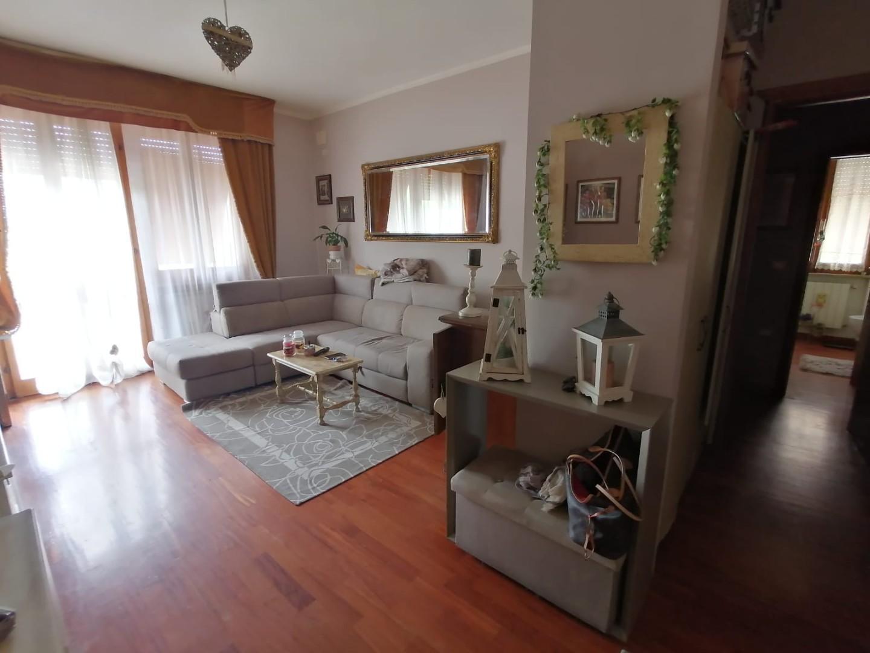 Appartamento in vendita a Calcinaia, 4 locali, prezzo € 148.000   PortaleAgenzieImmobiliari.it