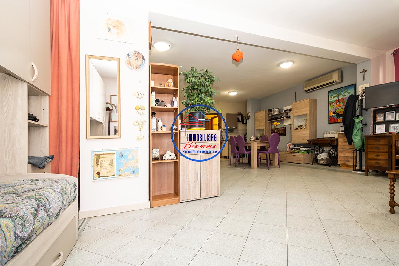 Loft in vendita - Migliarina, Viareggio
