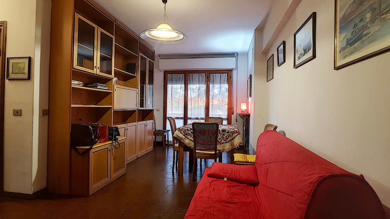 Appartamento in affitto, rif. L111