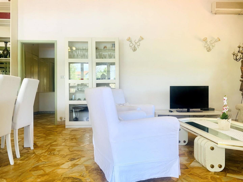 Villa singola in affitto - Vittoria Apuana, Forte dei Marmi