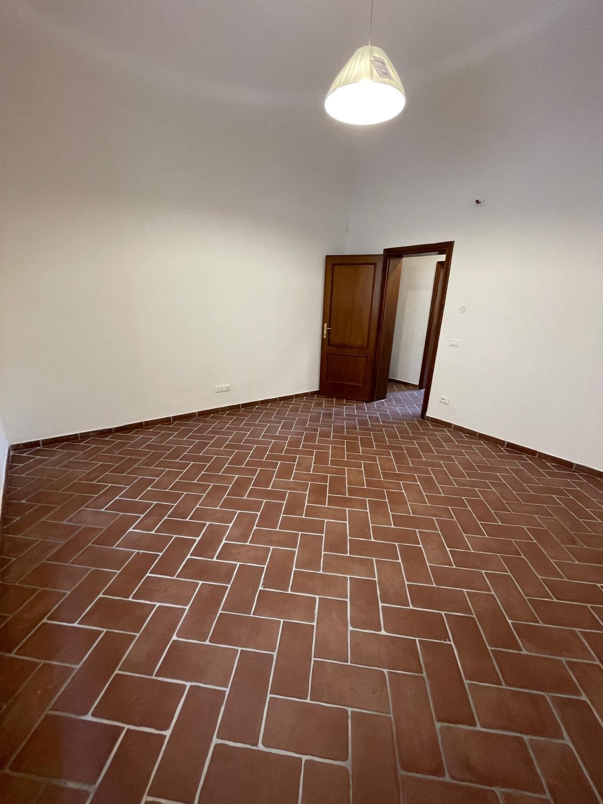 Appartamento in vendita, rif. AB109