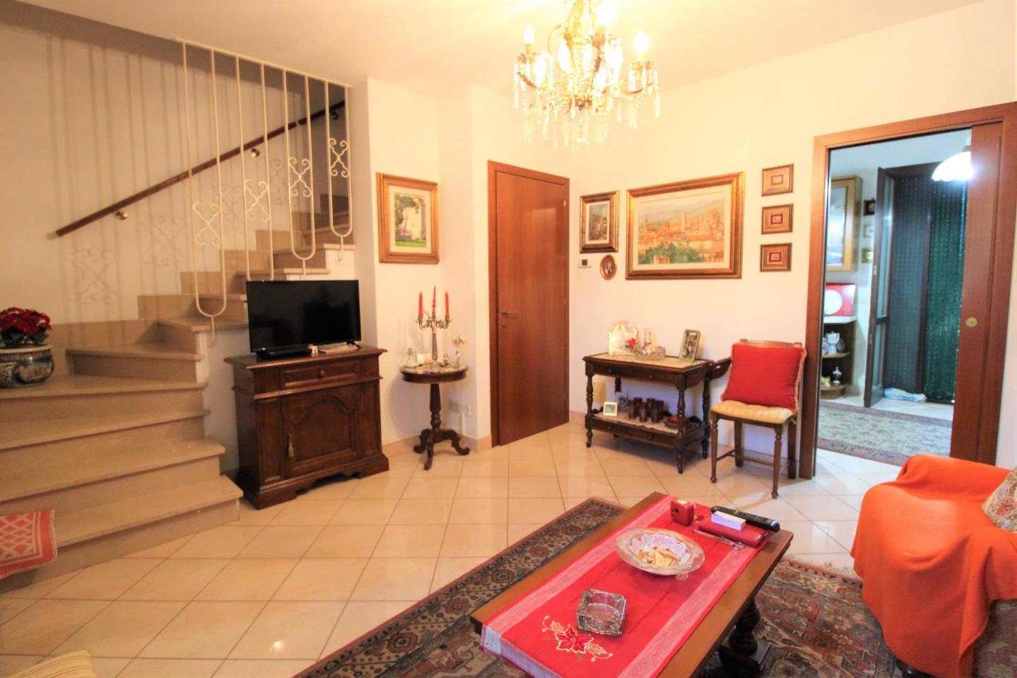 Villetta a schiera in vendita a Oltrarno, Calcinaia (PI)