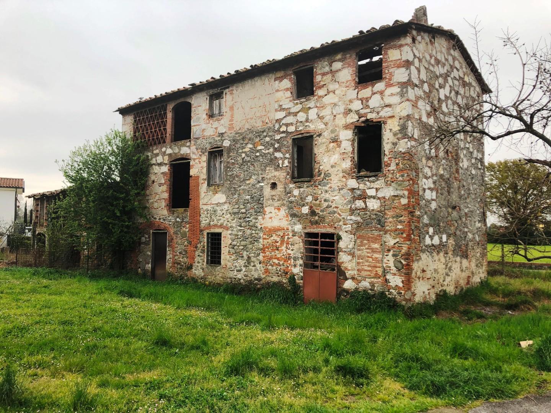 Villetta a schiera angolare in vendita, rif. 02494
