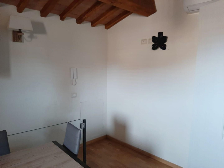 Appartamento in affitto, rif. R/648