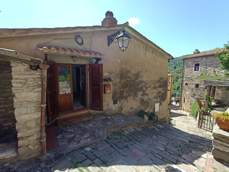 Villetta a schiera in vendita a Sassetta (LI)