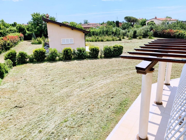Villa singola in affitto - Querceta, Seravezza