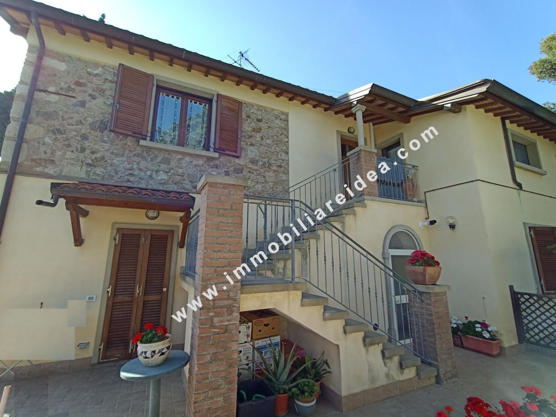 Villetta bifamiliare in vendita, rif. rif 1045