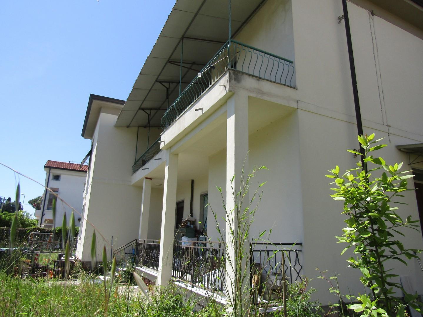 Casa singola in vendita, rif. 3711