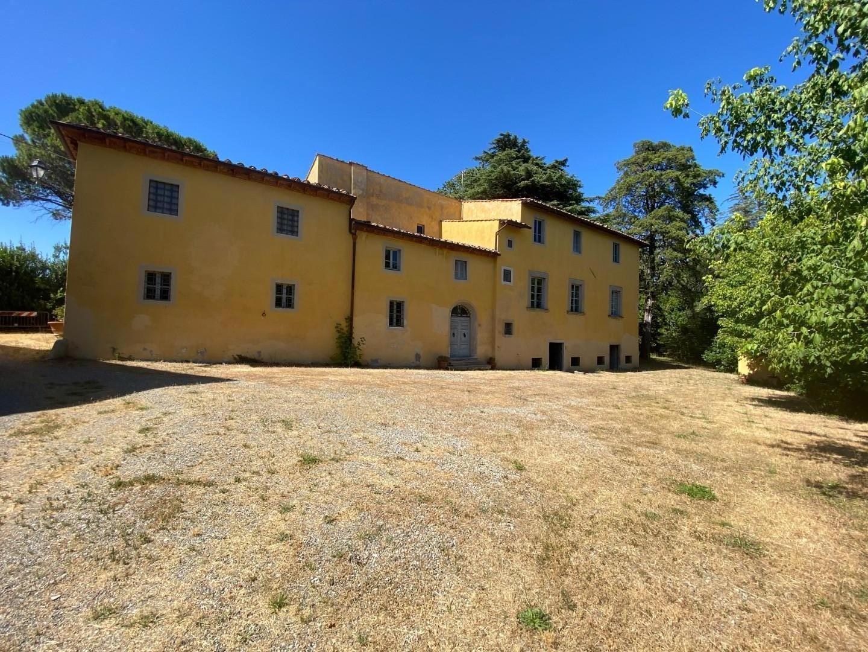 Stabile/Palazzo in vendita a Crespina Lorenzana (PI)