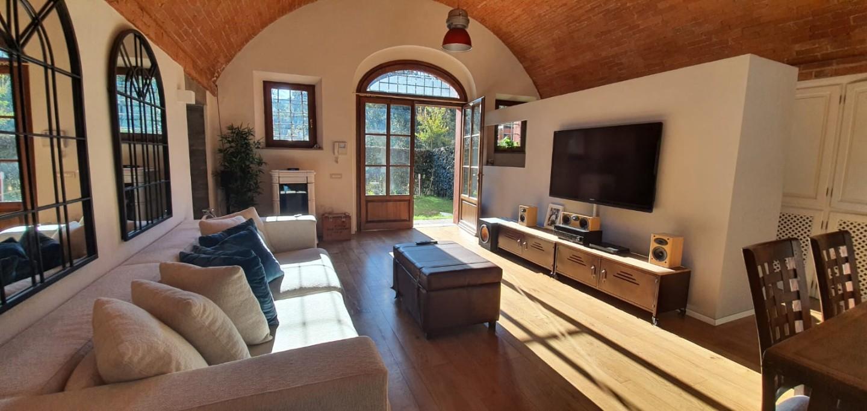 Appartamento in affitto a Montelupo Fiorentino, 4 locali, prezzo € 1.100 | CambioCasa.it