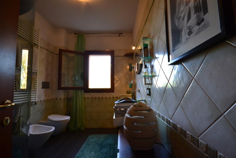 Villetta trifamiliare in vendita, rif. PV201