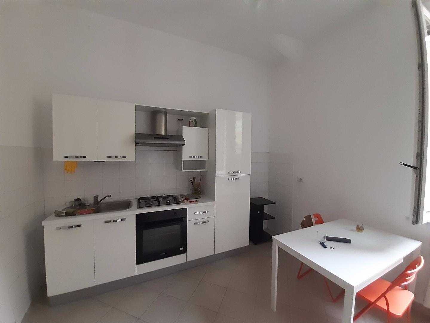 Appartamento in affitto, rif. a39/390