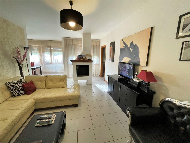 Appartamento in vendita, rif. S674