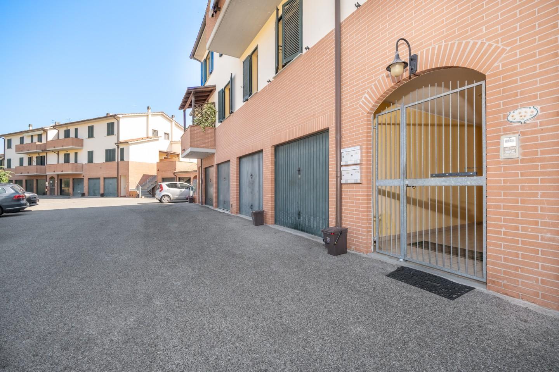 Appartamento in vendita a Calcinaia, 3 locali, prezzo € 129.000   PortaleAgenzieImmobiliari.it