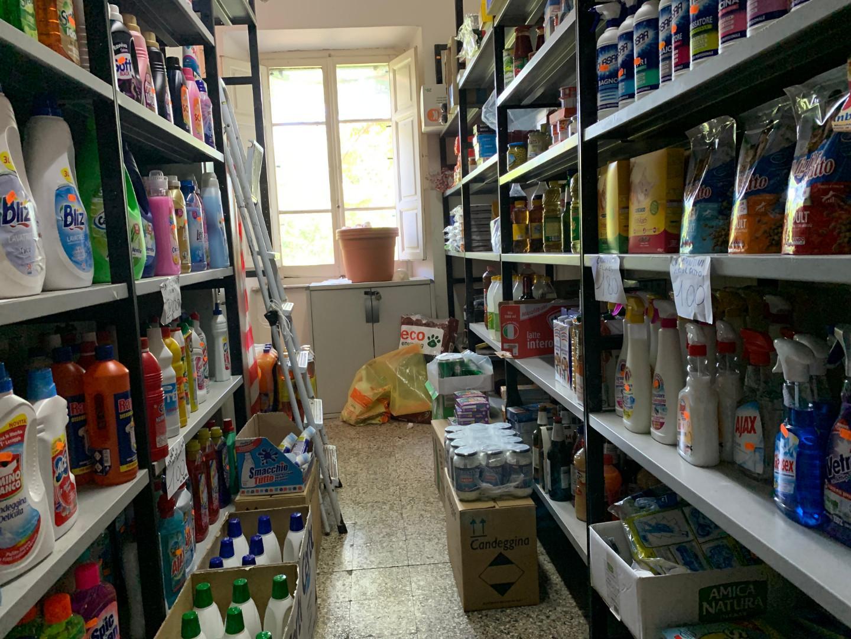 Alimentari in vendita - Pietrasanta