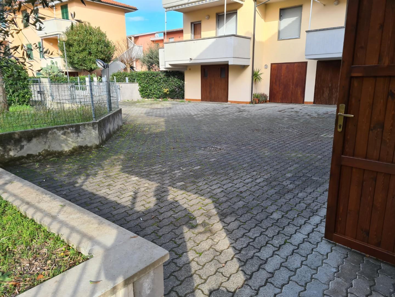 Foto 2/11 per rif. go125 mazzanta