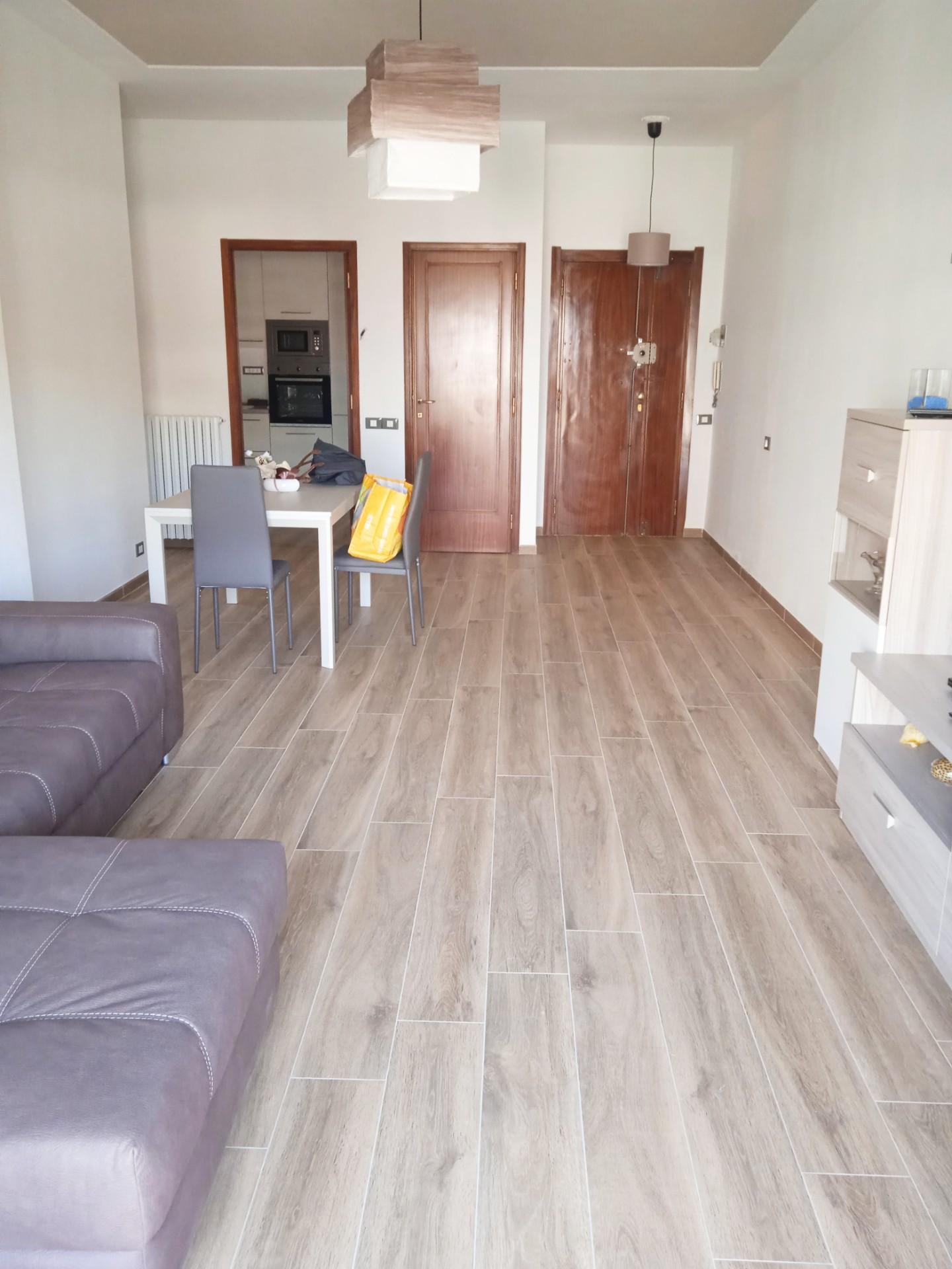 Appartamento in vendita, rif. VA022