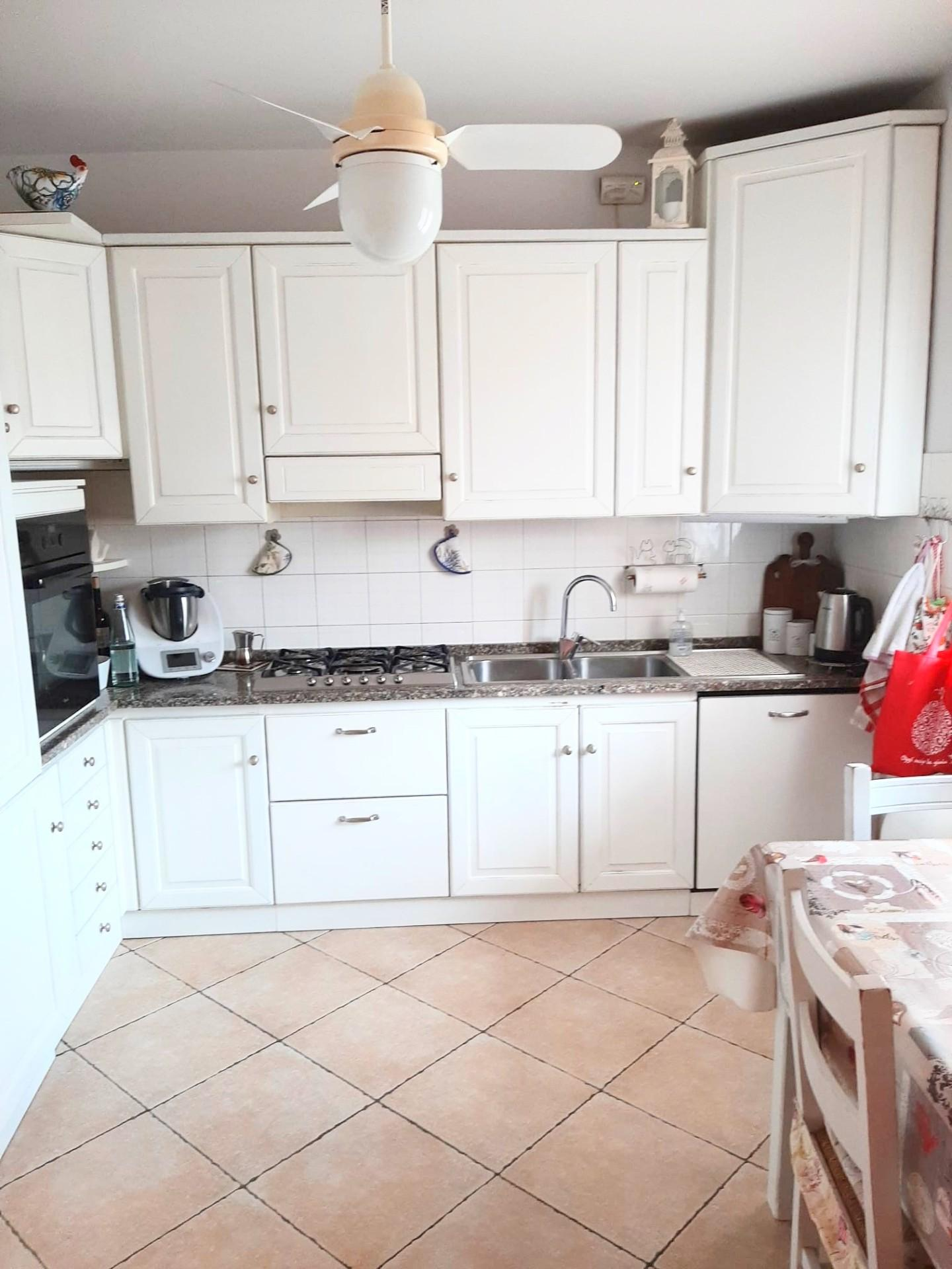 Appartamento in vendita, rif. 459
