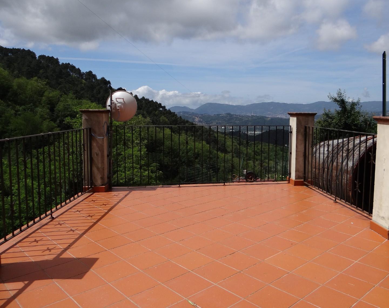 Appartamento in vendita a Sarzana (SP)