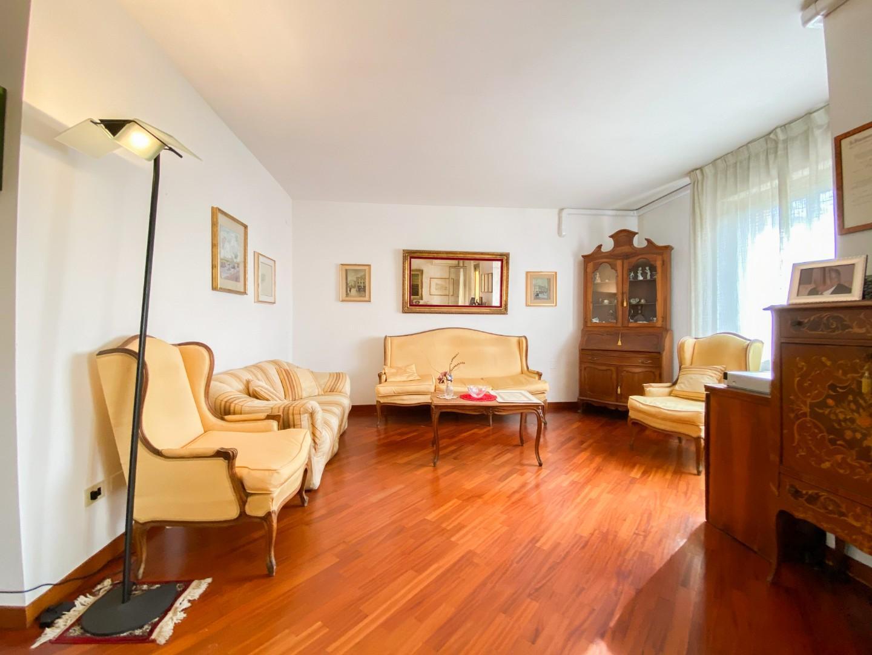 Appartamento in vendita, rif. B/323