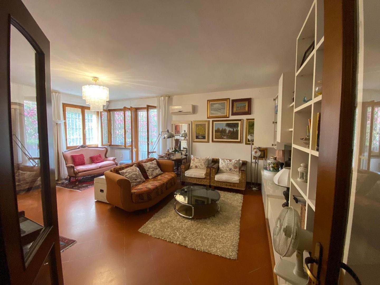 Appartamento in vendita a Pisa, 5 locali, prezzo € 360.000 | PortaleAgenzieImmobiliari.it