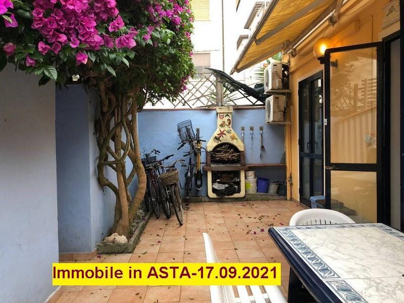 Porzione di casa in vendita a Viareggio (LU)