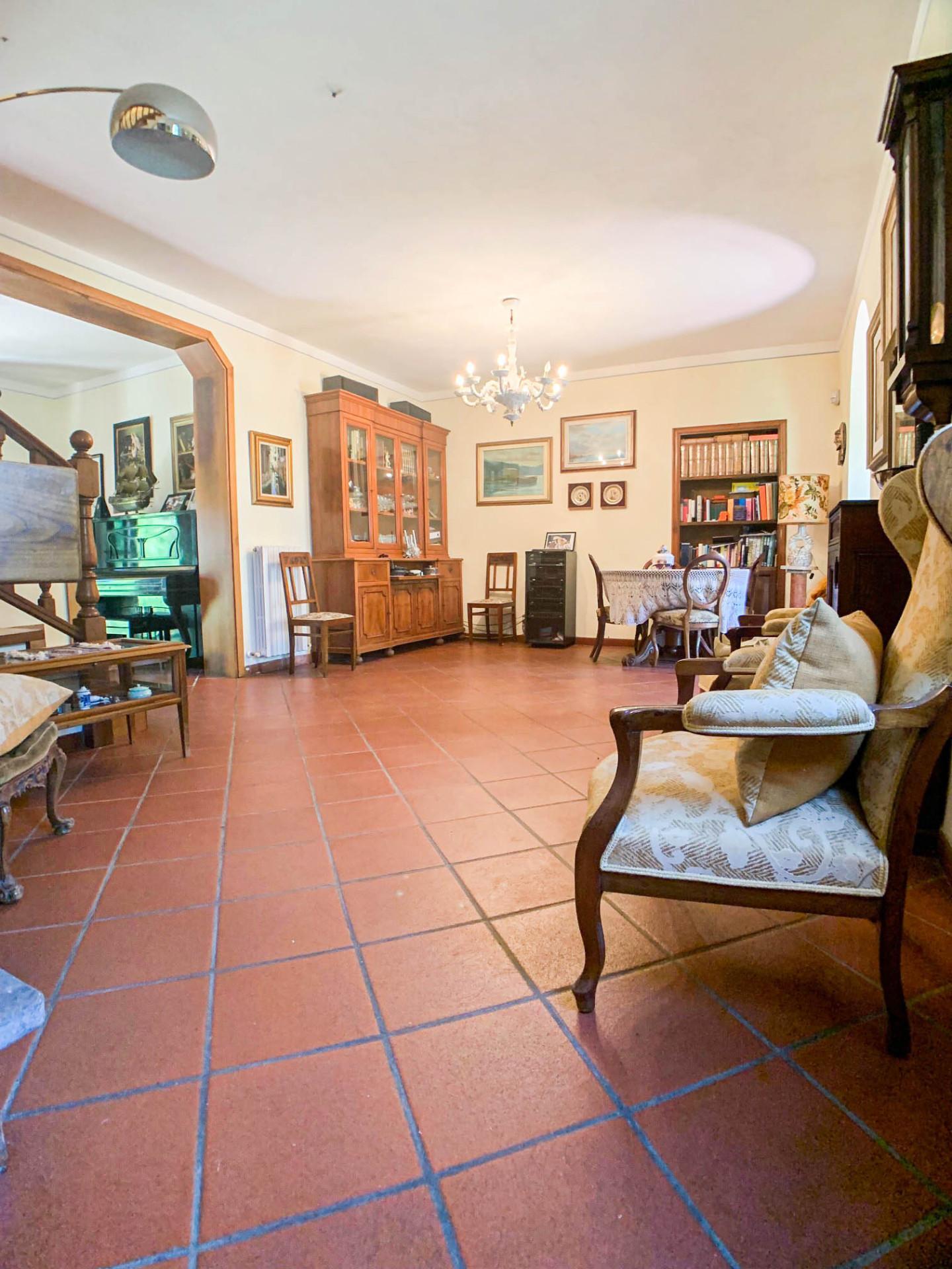Villa singola in vendita, rif. 427